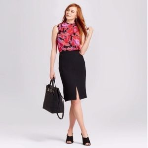 WHO WHAT WEAR sleeveless red poppy top